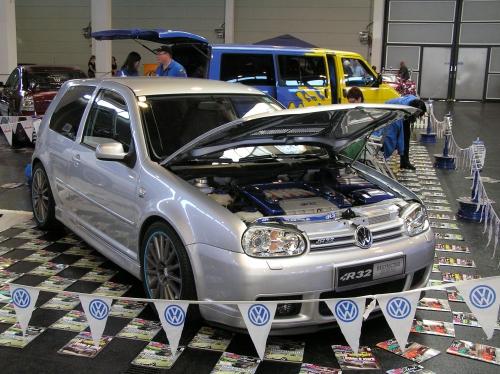 Wolfgangs GolfIV R32